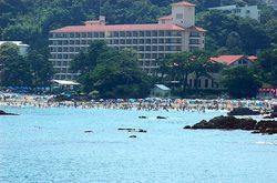 8月の今井浜海水浴場
